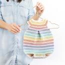 Pelele Arcoíris - Vesión dos agujas y versión crochet. Un proyecto de Artesanía, Pattern Design, Diseño de moda y Tejido de Marta Porcel Vilchez - 01.05.2018