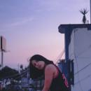 Auto retrato - self portraits in sunset. Un proyecto de Fotografía, Fotografía artística y Autorretrato Fotográfico de Arantxa Olortegui - 01.03.2021