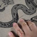 Conjuro de Hilo. Un proyecto de Bellas Artes, Bordado e Ilustración textil de Gimena Romero - 13.04.2019