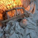 """Vida"" (78 x 103 cm.) Ensamblaje Escultura Arte. Diseño Iluminación. Poesía visual. Técnica Upcycling.. A Lighting Design, Sculpture, Concept Art, Decoration, Fine-art photograph, Interior Decoration, Fiber Arts, Upc, and cling project by Inés N. Monfil - 04.24.2021"