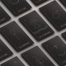 Tarot Asteria | Diseño de cartas, guía y mockup. Um projeto de Br, ing e Identidade, Design gráfico, Packaging e Design de produtos de Maider San Martín - 29.04.2021