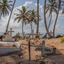Death in Paradise . Un proyecto de Fotografía, Fotografía en exteriores, Fotografía para Instagram, Fotografía documental y Composición fotográfica de Aldward Castillo - 20.05.2021