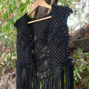 My project in Macramé: Create Unique Clothing course. Un progetto di Design di accessori, Artigianato, Moda, Tessuto , e Macramé di Evangelia Matoula - 28.08.2021