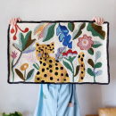 Punch needle cheetah rug. A Punch Needle project by byadelinewang - 10.12.2021