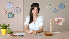 Figurative Fashion Embroidery with Needle Felting. A Craft course by Courtney McLeod