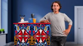 Pintura decorativa em móveis. Um curso de Ilustração e Craft de LUCAS RISE