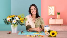 Realistic Paper Flower Design. A Craft course by Manuela Maya Rendón