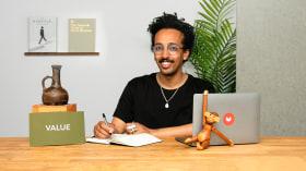 Mindset de negócios para criativos: construa um plano de ação. Um curso de Marketing e Negócios de Abraham Asefaw