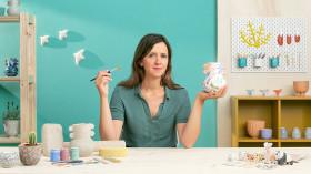 Initiation à la création de céramiques aux motifs colorés. Un cours de Craft de Sara Theron