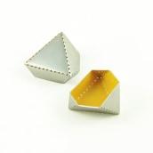 Punto y Láser sobre el Plano. A Jewelr, Design, and Product Design project by Alicia Manso Muñoz - 07.10.2013