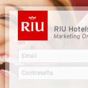 RIU Hotels & Resorts · Aplicación Web para la gestión de Marca y contenidos de Marketing.. Un proyecto de UI / UX, Diseño Web y Desarrollo Web de Nacho Jacobo - 29.05.2015