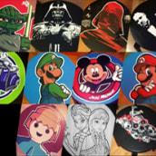 Taburetes Personalizados Pintados a Mano.. Un proyecto de Diseño, Ilustración, Diseño de personajes, Artesanía, Bellas Artes y Diseño de producto de laurrakamadre.com - 24.06.2015