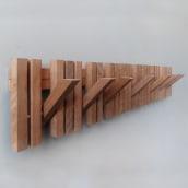 MARIMBA colgador de pared_ wall hanger. Un proyecto de Arquitectura, Diseño de muebles, Diseño industrial y Arquitectura interior de Andres Gonzalez - 23.11.2015