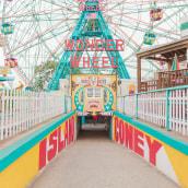 Coney Island. A Photograph project by Salvador Cueva - 09.15.2017
