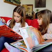 """Book trailer: Colección """"Atlas de aventuras"""". A Illustration, Advertising, Film, Video, TV, Writing, and Video project by Violeta Barca-Fontana - 11.25.2017"""