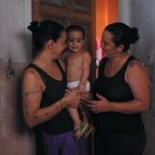 MAMIS: a family portrait. Um projeto de Cinema, Produção e Criatividade de Virginia Fuentes - 20.03.2014
