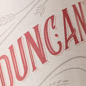 Sra. Duncan. Un projet de Br, ing et identité, Design graphique, Packaging, Lettering , et Création de logo de Jesús Navas Pérez - 16.09.2018