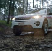 Land Rover + Cruz Roja. Un proyecto de Publicidad, Cine, vídeo, televisión, Cine, Stor y telling de David R. Romay - 31.10.2018
