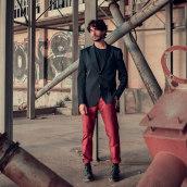 Fotografía Book Moda Alejandro Jover. Un proyecto de Fotografía, Moda, Fotografía de producto, Fotografía de moda y Fotografía de retrato de Sara Barberá - 04.07.2018