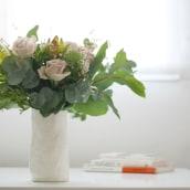 Jarrones para Be Floral. Un proyecto de Artesanía de Paula Casella Biase - 08.04.2019