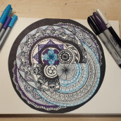 Mandalas hechos a mano. A Fine Art, Sketching, Drawing, and Artistic drawing project by Emilia Acurio Vintimilla - 06.02.2019