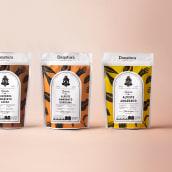 Danatura. Um projeto de Ilustração, Br, ing e Identidade, Packaging e Design de logotipo de Heavy - 12.09.2019