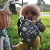 Mochilas y bolsos. Un projet de Direction artistique, Conception de produits, Photographie de produits , et Broderie de Adriana Torres - 29.07.2017