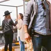 Habitaclia, cuando te ayudan es mas fácil.. Un progetto di Design, Pubblicità, Fotografia, Cinema, video e TV, Direzione artistica , e Graphic Design di Albert Badia - 20.11.2019