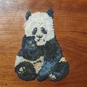 Esto esta de pelos: Un panda comiendo. Un progetto di Illustrazione, Artigianato , e Pittura di Felipe Andrade - 24.12.2019