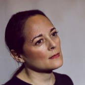 Mi Proyecto del curso: Retoque fotográfico de moda y belleza con Photoshop. A Photograph, Portrait photograph, Digital photograph, and Fine-art photograph project by Aehleane Sepulveda - 03.21.2020
