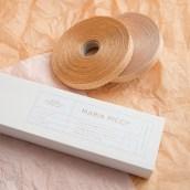 Maria Picci. Un progetto di Br, ing e identità di marca, Graphic Design , e Packaging di Un Barco - 26.03.2020