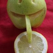 Fruit Sculpture. Un progetto di Scultura , e Creatività di Natércia Lameiro - 01.04.2020