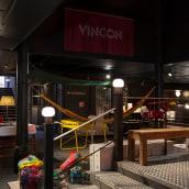 Vinçon. A Photograph, Interior Design, Decoration, and Photographic Composition project by Yanina Mazzei - 05.02.2014