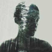 Autorretratos en época de confinamiento. Un proyecto de Fotografía de retrato, Fotografía digital y Fotografía artística de Núria Aguadé - 24.04.2020