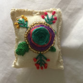 Florecer. A Embroider, and Creativit project by Camila Muñoz Bozo - 05.13.2020