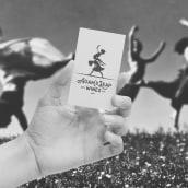 Adam's Leap Wines. A Br, ing und Identität, Grafikdesign, Verpackung, Webdesign, Collage und Logodesign project by Monica Higgins - 22.05.2020