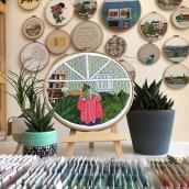 Girl and leaves embroidery. Un progetto di Ricamo di Kseniia Guseva - 24.05.2020