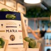 Mara Biomarket & Café. Um projeto de Br, ing e Identidade, Design gráfico e Packaging de FIBRA - 10.08.2016