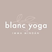 blanc yoga. A Br, ing, Identit, Graphic Design, and Web Design project by Berta Hernández - 09.15.2020