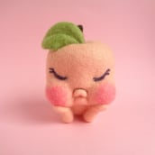 Peacherrette. A Character Design, Crafts, Fine Art, Sculpture, Art To, and s project by droolwool - 01.25.2021