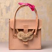 Mi Proyecto del curso: Creación de bolsos de cuero artesanales para principiantes. Un proyecto de Artesanía de Erick Vega - 19.01.2021
