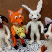 The Characters' Factory: Characters Making Characters. Un proyecto de Diseño de personajes, Artesanía, Diseño de juguetes, Animación de personajes y Art to de Edson Mito - 18.03.2021