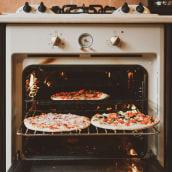 Catálogo Pizzas. A Design project by Juan Pablo Ortiz - 09.21.2019