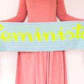 Bufanda Equipo Feminista. Un progetto di Design di Ameskeria - 14.04.2021