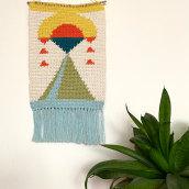 My project in Intarsia Crochet: Craft Your Own Tapestry course. Um projeto de Design, Artesanato, Design gráfico, Decoração de interiores e Crochê de Elif Kilic - 17.04.2021