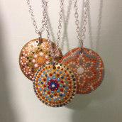 Mandala Oro. Un proyecto de Diseño de complementos, Diseño de jo, as y DIY de Alessandra Cravero - 20.04.2021