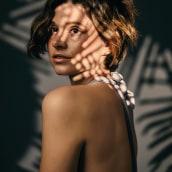 """Brightside. Editorial para Malvie French Magazine. April 2021 """"The Artist Edition"""". Un proyecto de Fotografía de Iris Encina - 02.05.2021"""