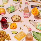 Wild Komb. Un progetto di Fotografia, Stop Motion, Fotografia di prodotti, Fotografia gastronomica , e Fotografia pubblicitaria di Weekend Creative - 10.05.2021