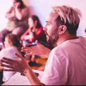 13 años dando clases. A Bildung, Bühnendekoration und TV project by Merakio - 12.05.2021