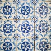XIX century tile replicas for a building facade. Un projet de Céramique , et Peinture de Gazete Azulejos - 30.11.2020
